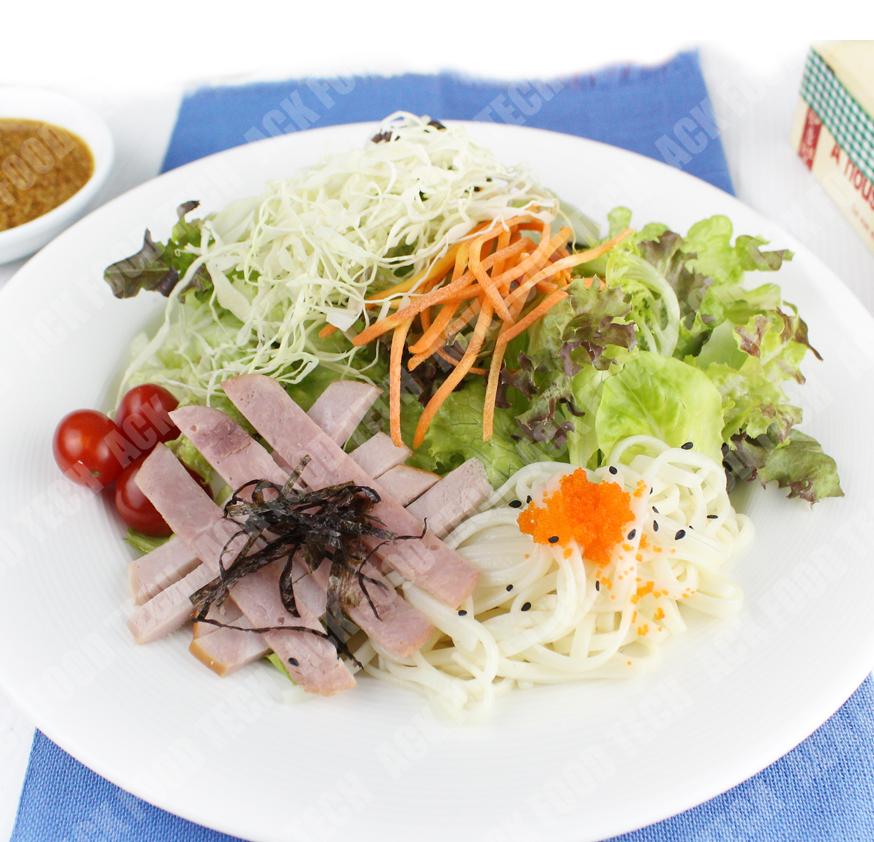 สลัดราเมน Ramen Salad